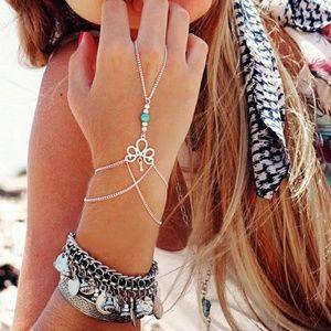 Fashion Retro Finger Ring Bangle Chain